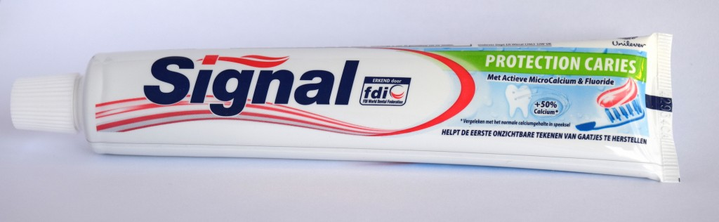 Dentifrice Signal protection caries tube