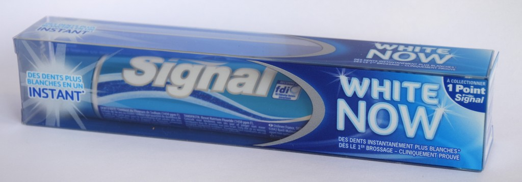 Dentifrice Signal white now carton