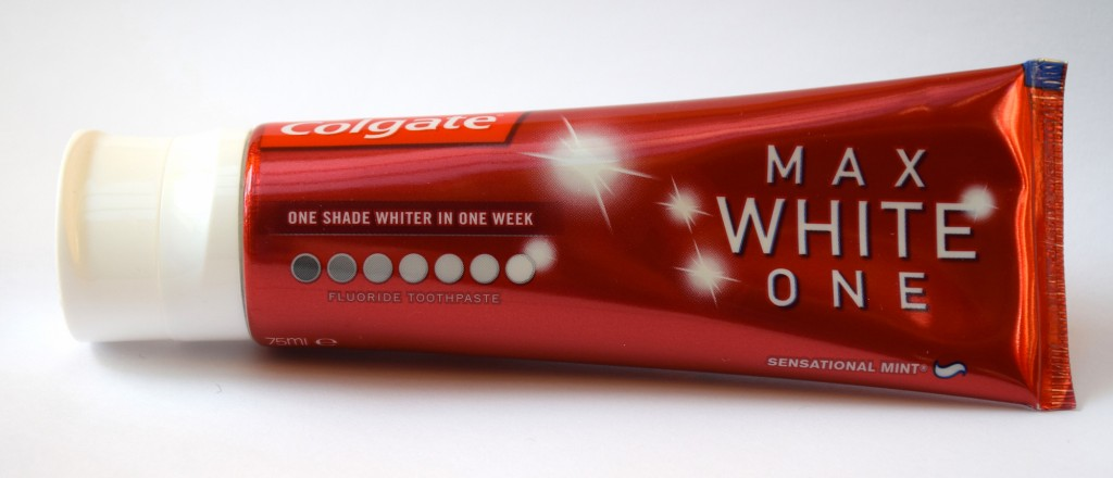 Dentifrice Colgate Max White One Original tube