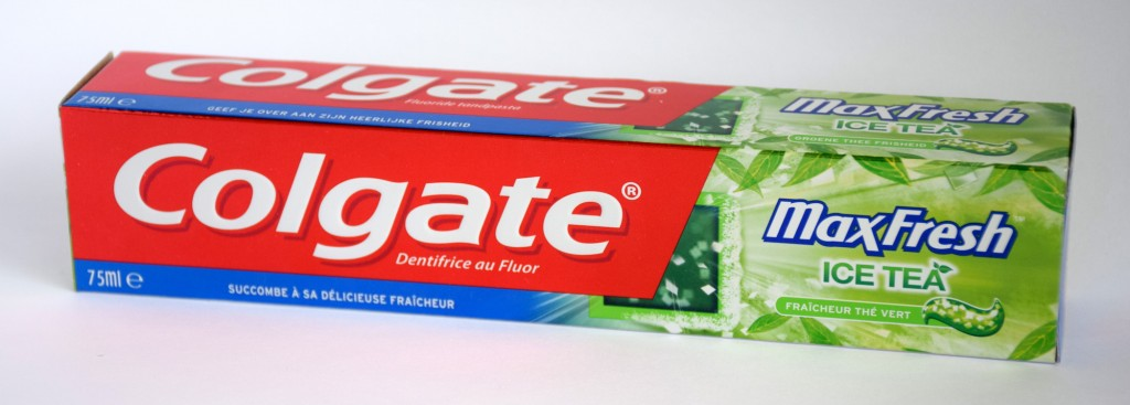 Dentifrice Colgate MaxFresh Ice Tea boite