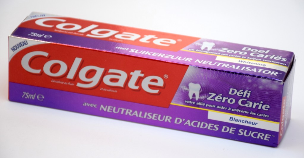 Dentifrice Colgate Défi Zero Carie Blancheur boite