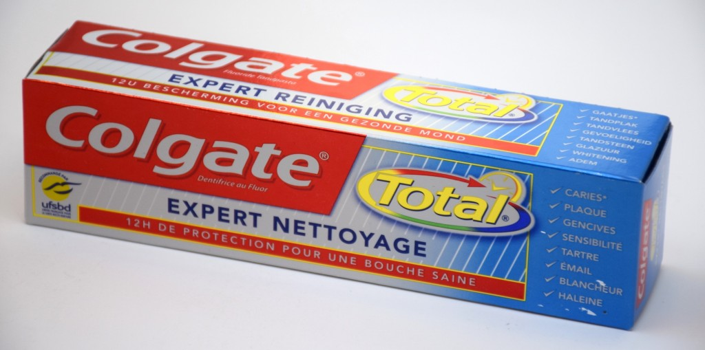 Dentifrice Colgate Total Expert Nettoyage boite