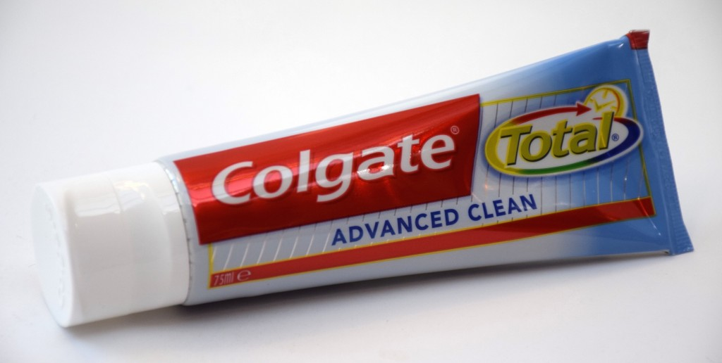 Dentifrice Colgate Total Expert Nettoyage tube